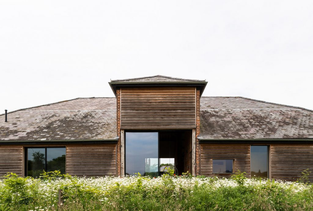 Church-Hill-Barn-The-Modern-House-03.jpg